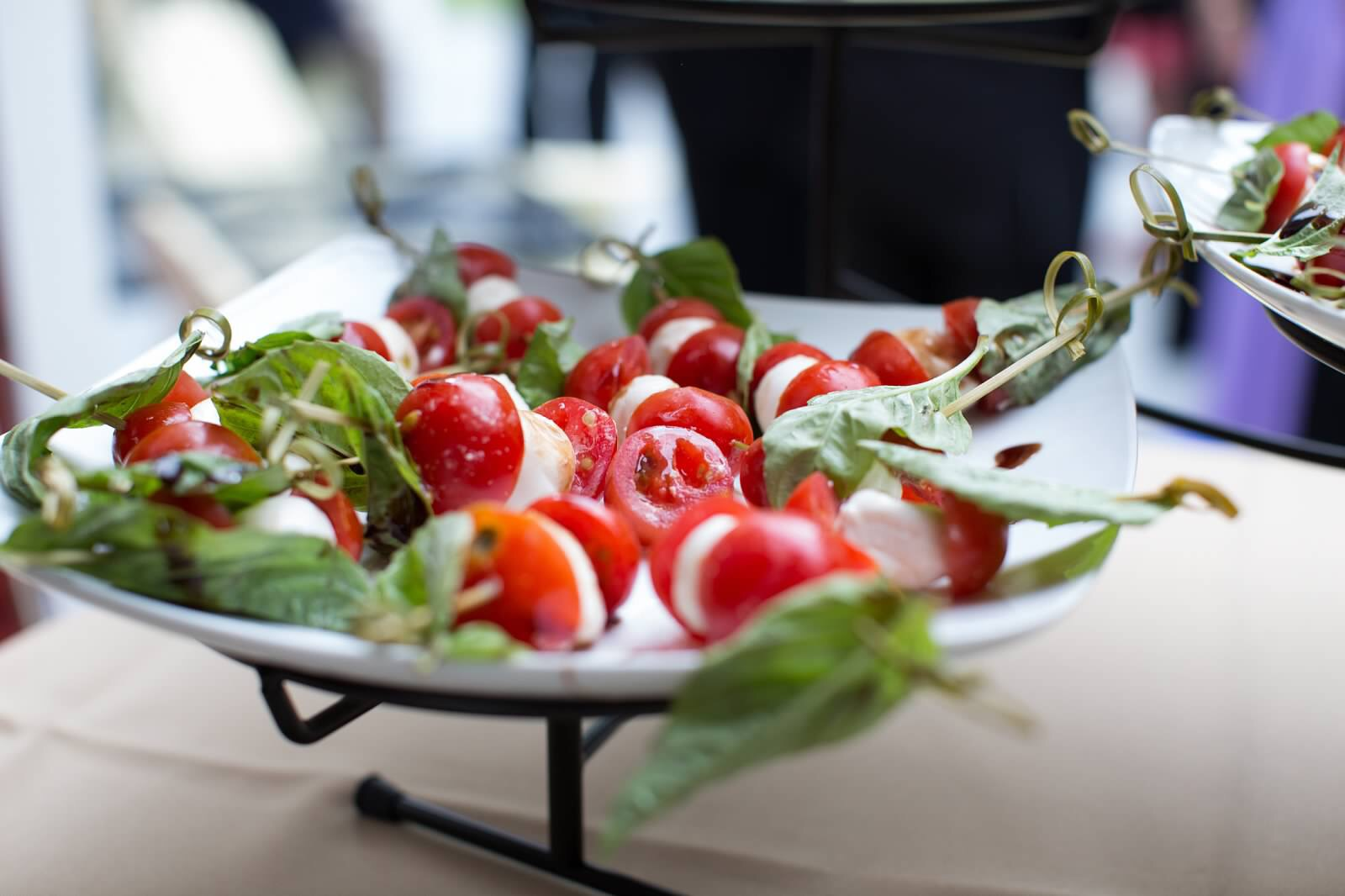 Tomatoes, mozzarella and bazil